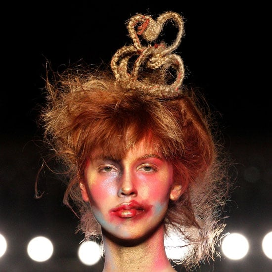Vivienne Westwood Fall 2011 Beauty Pictures