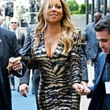 Mariah Carey Loses Her Shoe on the Red Carpet 2016