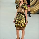 Photos of the 2010 Chanel Autumn Haute Couture Collection in Paris with Lion Theme 2010-07-07 00:23:33