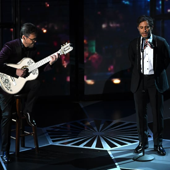 "Gael García Bernal Performs ""Remember Me"" at Oscars 2018"