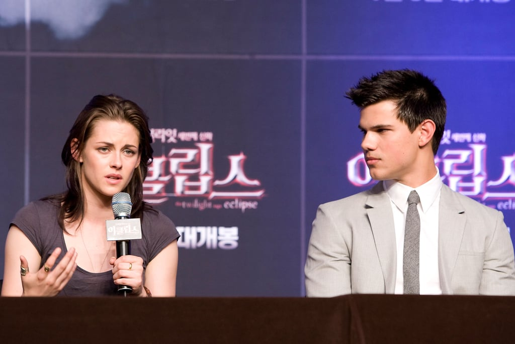 Pictures of Kristen Stewart And Taylor Lautner at a Photo Call For Eclipse in Seoul