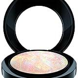 MAC Mineralize Skinfinish in Lightscape