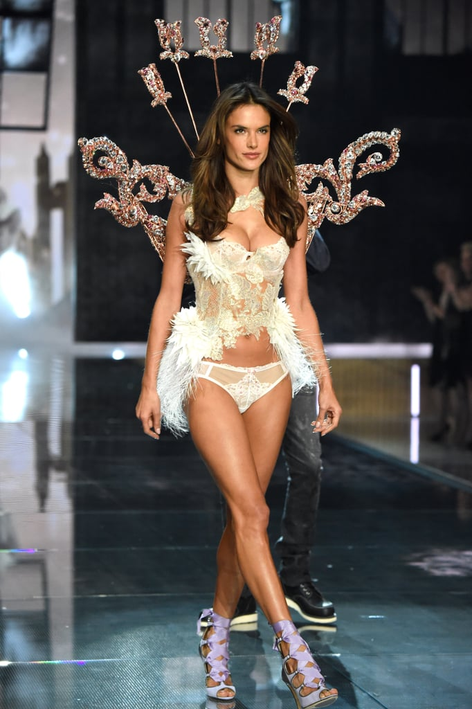 Brazilian Angels at the 2015 Victoria's Secret Fashion ...