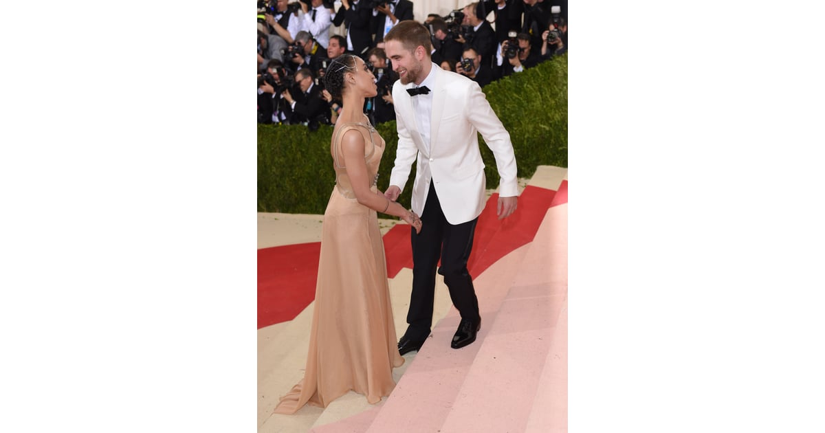 Robert Pattinson And Fka Twigs At The Met Gala 2016  Popsugar Celebrity Photo 4-2249