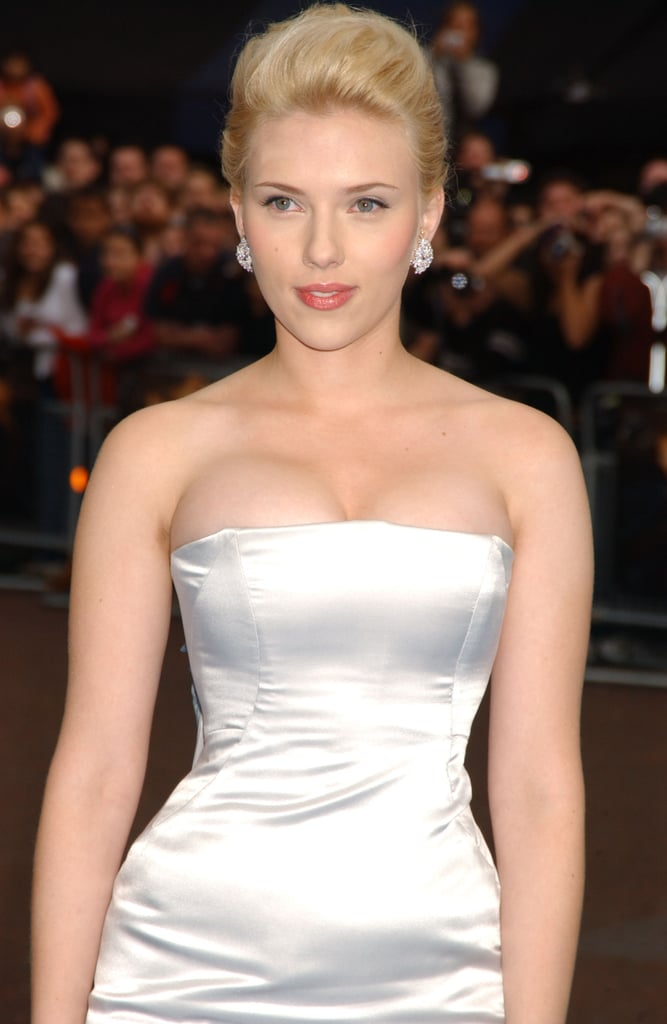 Sexy Scarlett Johansson Pictures | POPSUGAR Celebrity Photo 6