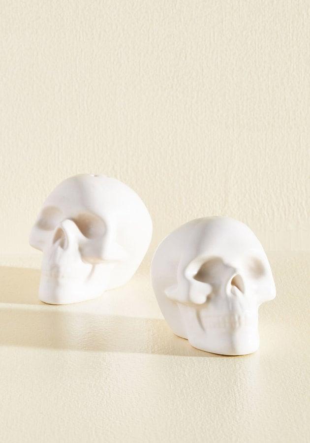 A Pinch of Skull Shaker Set ($15)