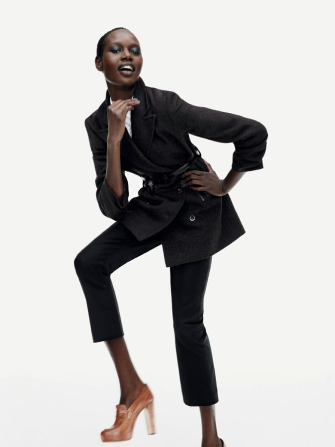 If you only invest in one item for the new season, make it a coat. I like the way it's accessorised here with a belt.