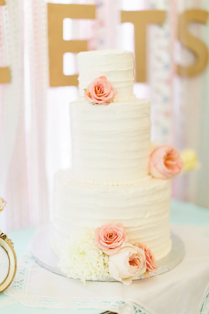 This romantic, vintage cake features minimalist detail and is absolutely stunning. The dusty roses are all the embellishment it needs.