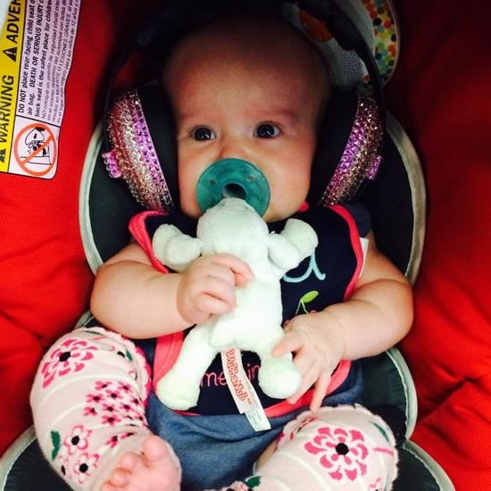 Kelly Clarkson Tweets Picture of Her Baby Daughter