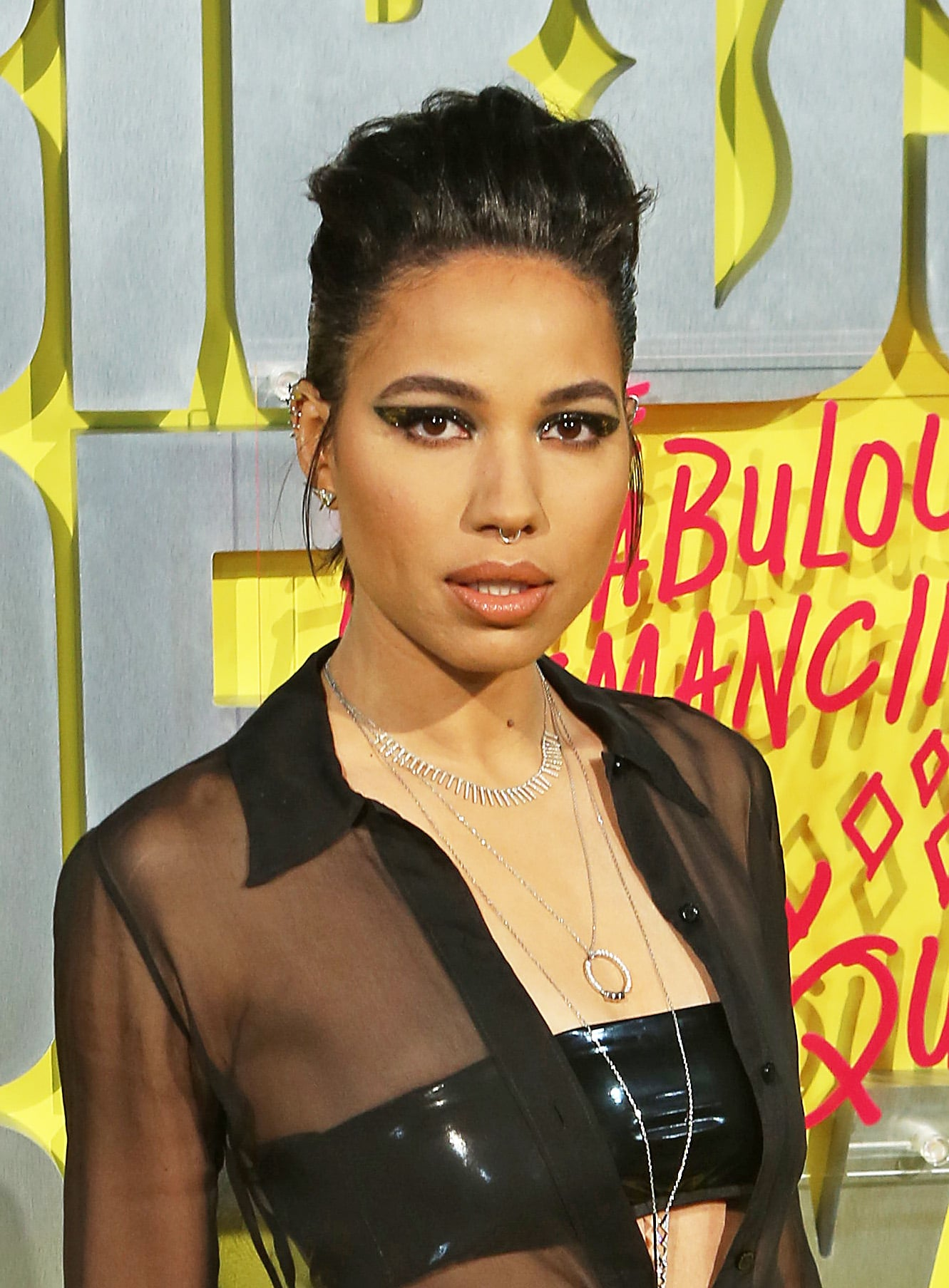 Jurnee Smollett Bell At The Birds Of Prey World Premiere In London Margot Robbie Met The Love Island Cast At Birds Of Prey Premiere And We Can T Tell Who S More Jazzed