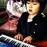 Naleigh Kelley showed off her natural music talent playing on her new keyboard after Christmas. Source: Instagram user joshbkelley
