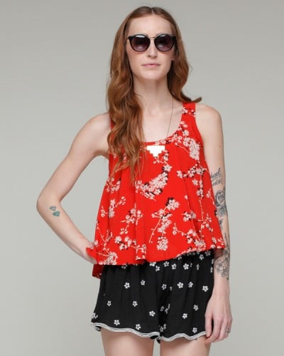 A flirty, ladylike top that'll last you through Fall months.  Need Supply Co. Japanese Garden Tank ($38)