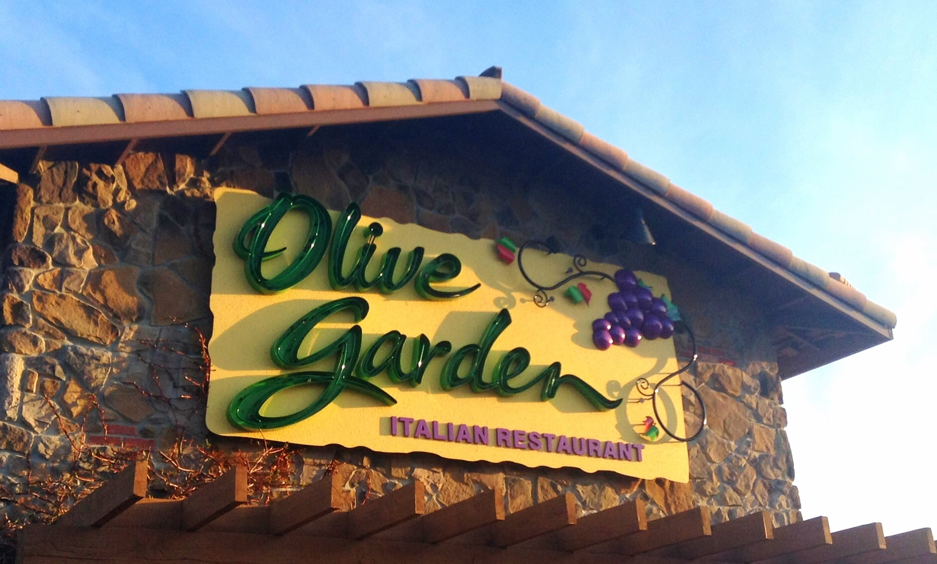 On the Keto Diet and Headed to Olive Garden? Here's What You Should Order