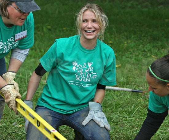 Slide Photo of Cameron Diaz Building a Fence in Boston