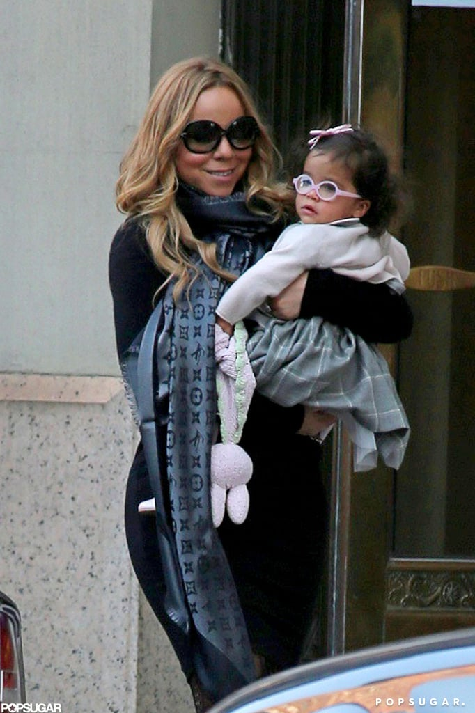 mariah carey holding daughter monroe in nyc pictures. Black Bedroom Furniture Sets. Home Design Ideas