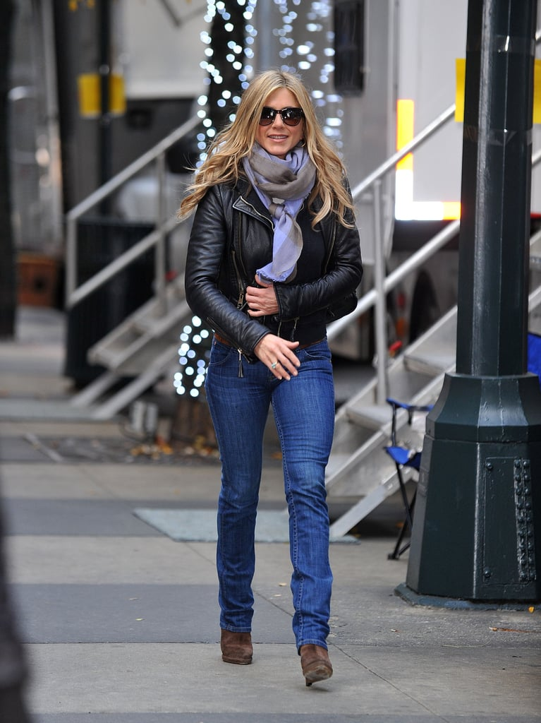 Basic wasn't a bad thing when Jen paired a leather jacket with a skinny, straight jean.