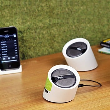 Photos of the Ipevo Wireless Speakers