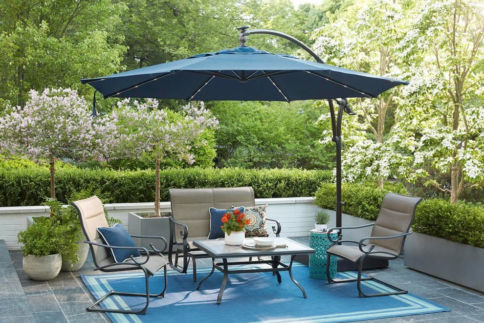 Hampton Bay Solar LED Offset Patio Umbrella