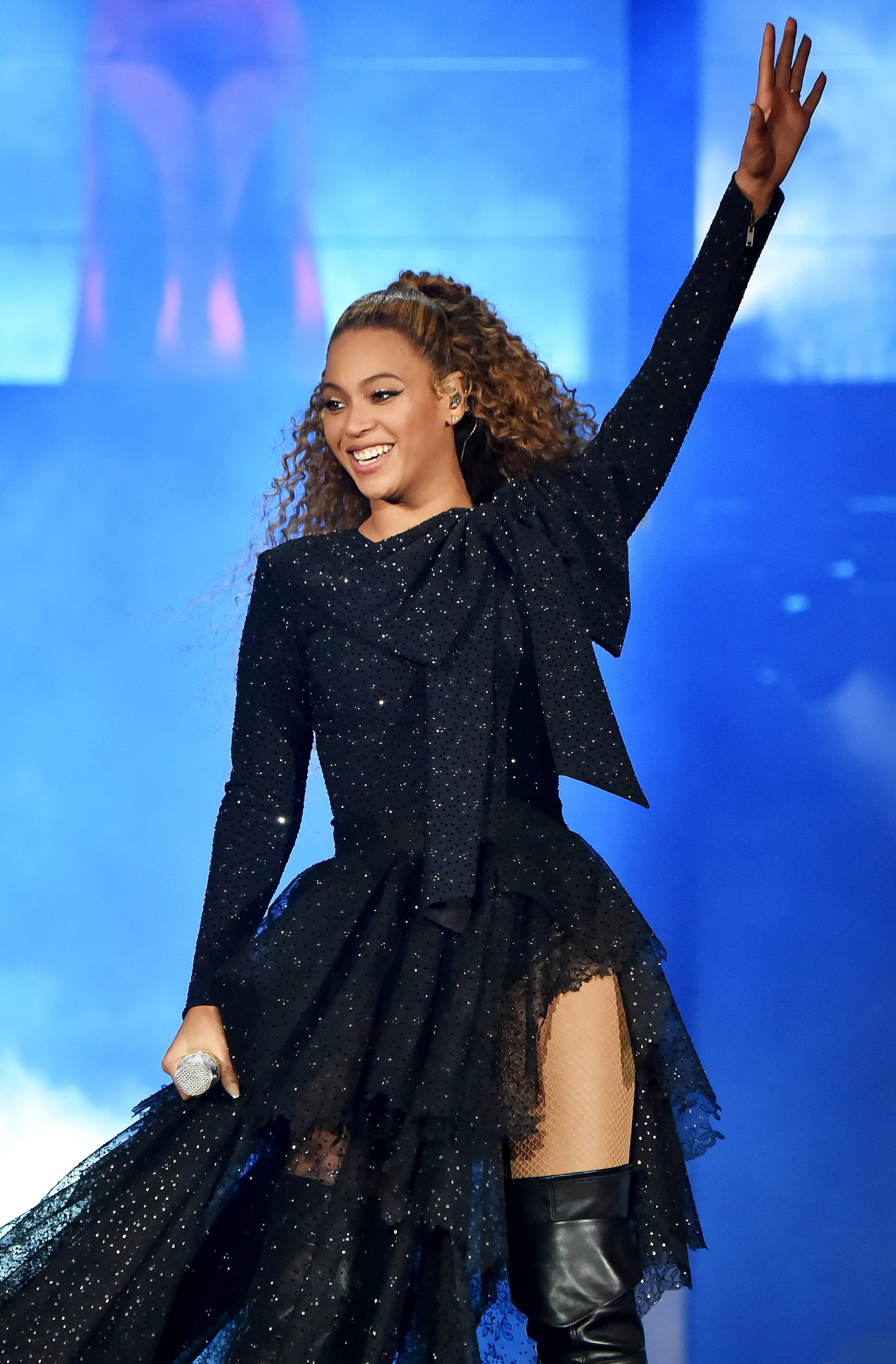 CARDIFF, WALES - JUNE 06:  Beyonce Knowles performs on stage during the