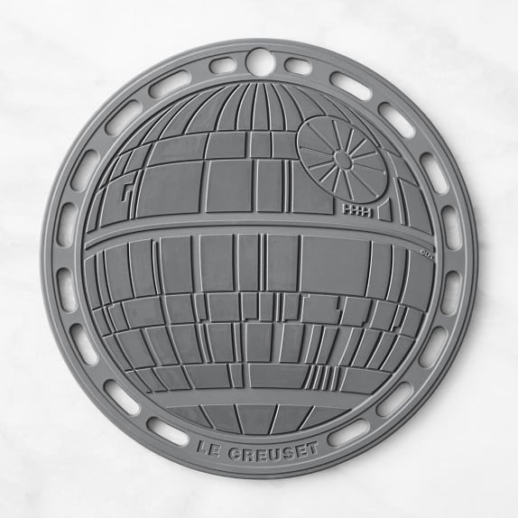Le Creuset Silicone Trivet —Star Wars Death Star