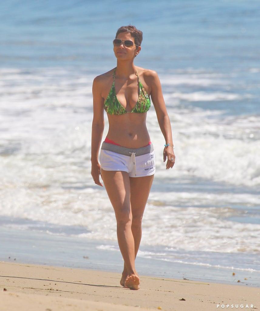 Photo 16 Berry Bikini Celebrity Halle PicturesPopsugar QdCrtsxBho