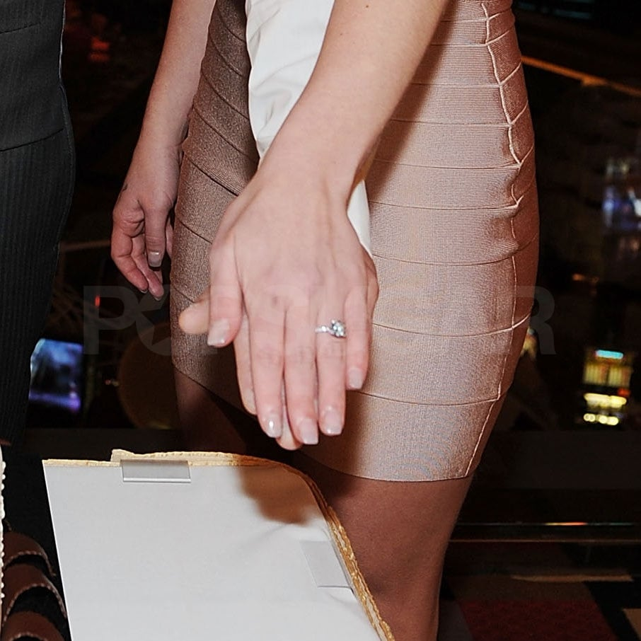 Britney Spears Engagement Ring Pictures with Jason Trawick ...