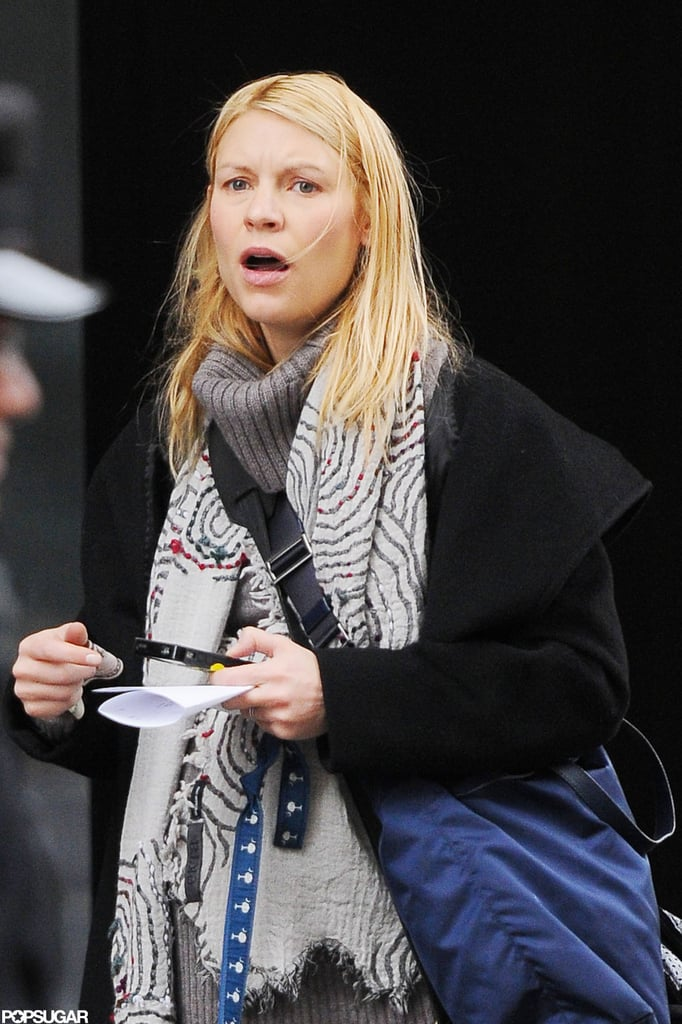 Claire Danes wore a blue across body bag in NYC.