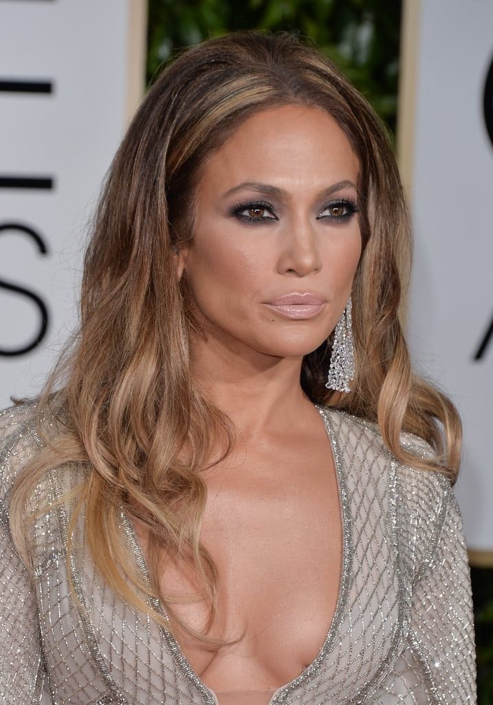 A middle part with loose waves jennifer lopez hair popsugar a middle part with loose waves urmus Images