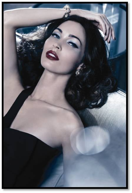 """It's getting close to the Christmas releases hitting counters and this season, Giorgio Armani is drawing inspiration from the glamorous '30s era for its Madre Perla (which translates to Mother of Pearl) collection. Linda Cantello, Georgia Armani Cosmetics' creative director describes the range as: """"Like a 1930s boudoir . . . A touch of lacquer and patinated metals add a sophisticated feel to satiny, pearlescent tones. Delicate shades reminiscent of the silk lingerie of the time."""" Topping our Wish Lists is the Madre Perla Luxury Face & Eye Palette ($250) which, inspired by Art Deco style, is encased with real Mother of Pearl. And just to up the must-have factor, only 3,000 have been made worldwide. Be sure to get yours. Giorgio Armani Madre Perla Christmas Collection is available from November 13 at David Jones."""