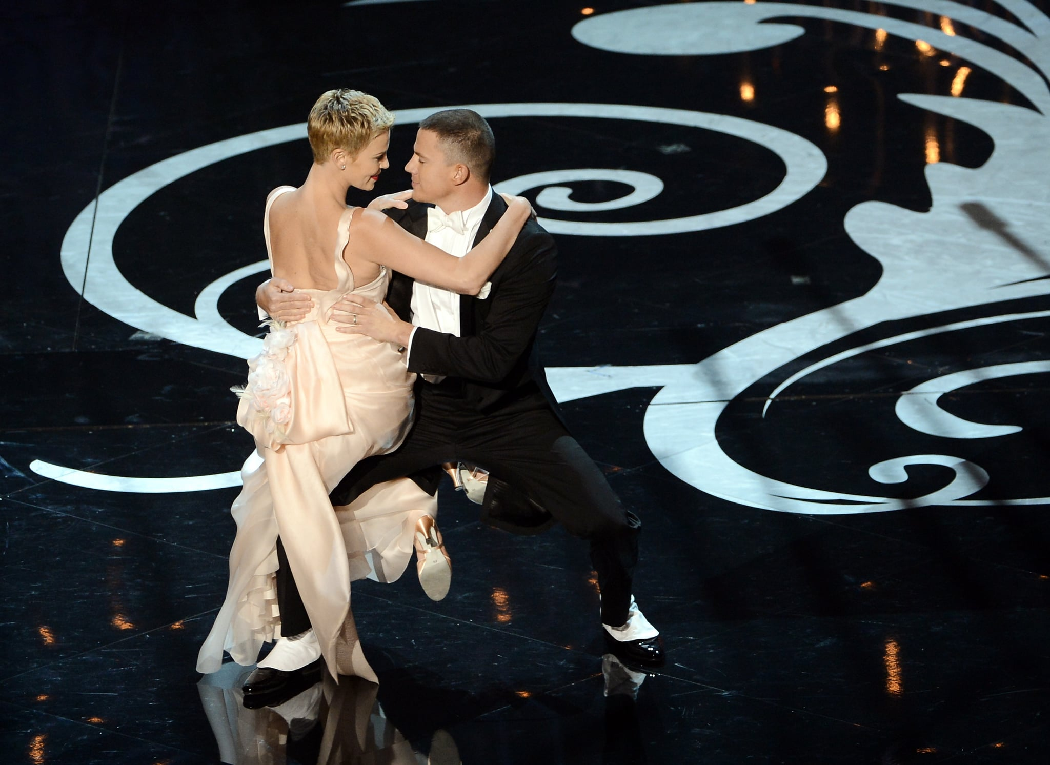 Charlize Theron and Channing Tatum shared a romantic dance on stage during the show.