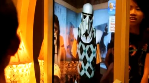 Augmented Reality Mirror in Disneyland Tomorrowland