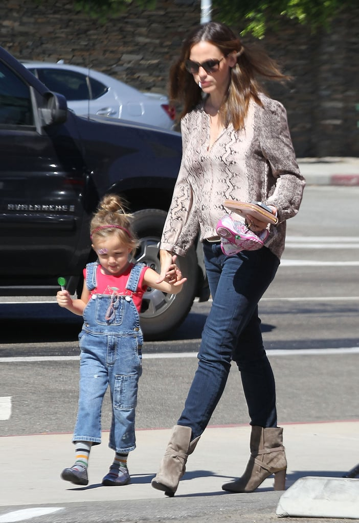 Jen and Seraphina Shop LA as Ben Heads to Spain With Argo