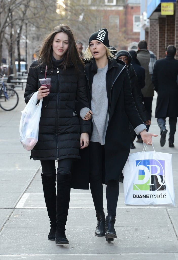 When She Bundled Up With The Help Of A Beanie Hailey Baldwin 39 S Street Style Popsugar Fashion