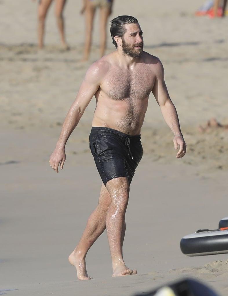 Jake Gyllenhaal Shirtless Pictures | POPSUGAR Celebrity ...