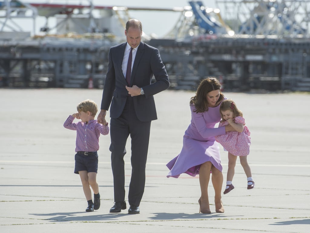 Kate showed her quick reflexes when she decided to carry Charlotte before she threw an all-out tantrum.