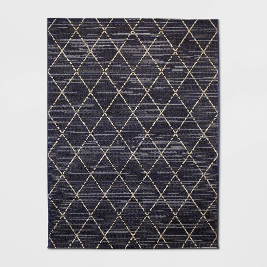 Indoor/Outdoor Diamond Woven Rug