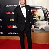 In typical Roger fashion, John Slattery vied for the spotlight. The actor used his glasses to make a statement on the red carpet.