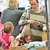 Jennifer Garner talked with Violet and Seraphina at the farmers market.