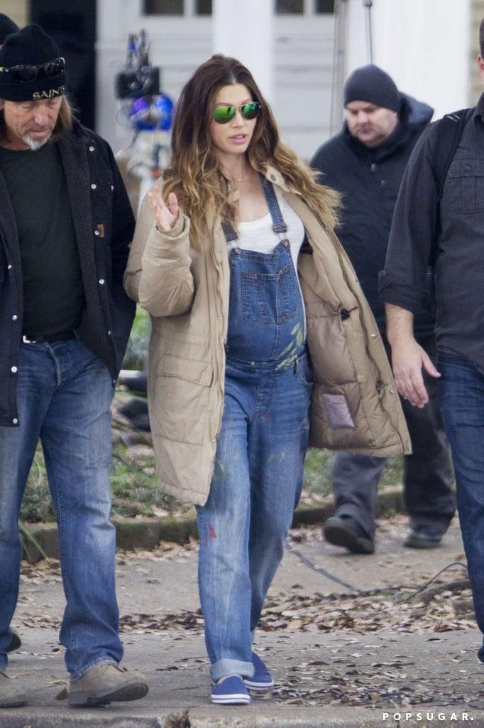 jessica biel pregnant in overalls popsugar celebrity photo 1