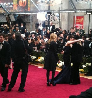 Kristen Stewart Hugs Her Dad on the Oscars Red Carpet!