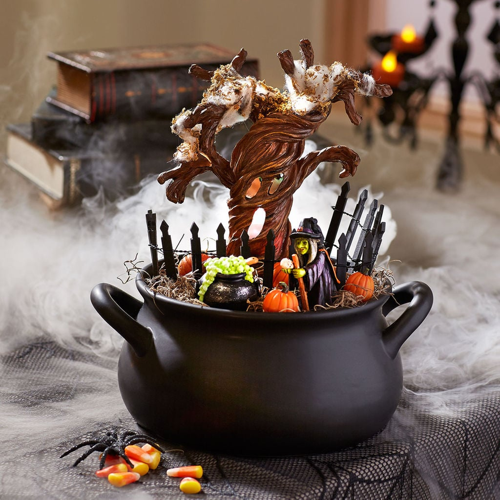 miniature halloween coffin scene 5 20
