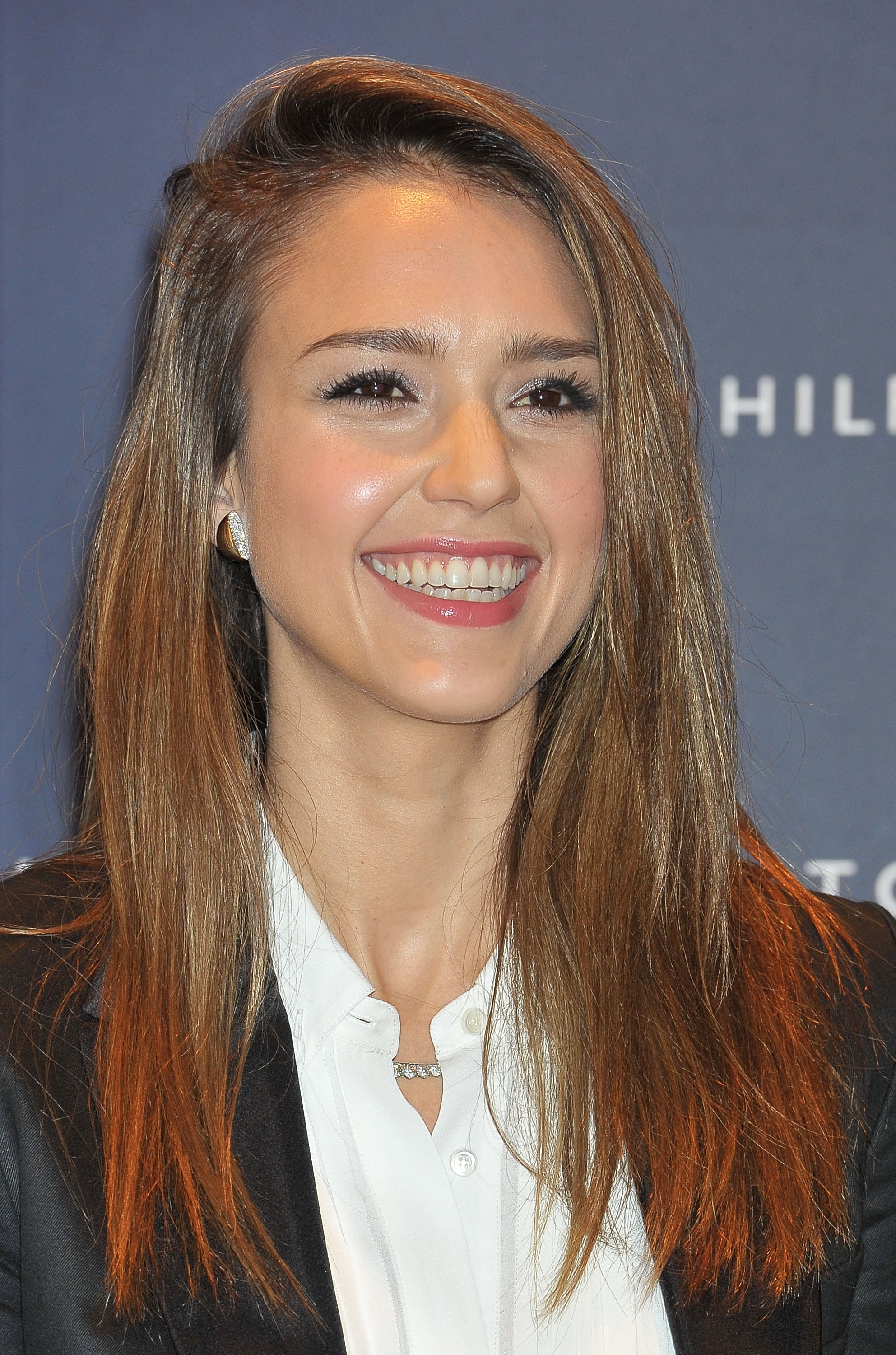 Jessica Alba Mixes Fashion, Fun, and Family During Her Visit to Tokyo