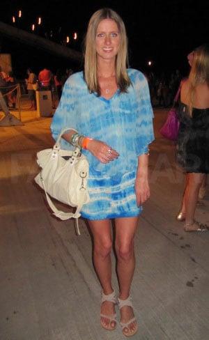 Photos Nicky Hilton at Armani Exchange & 944 Coachella 2011 Neon Carnival