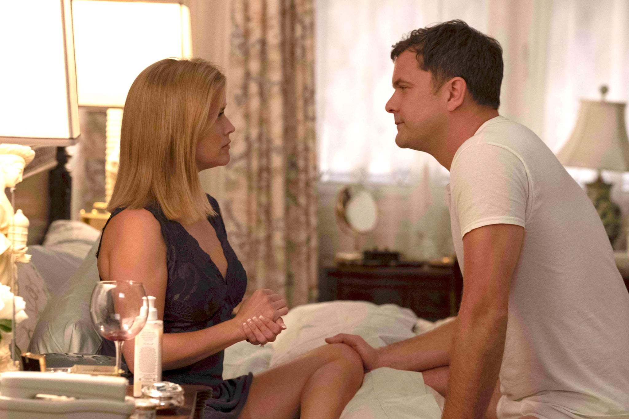LITTLE FIRES EVERYWHERE, from left: Reese Witherspoon, Joshua Jackson, The Spark, (Season 1, ep. 101, aired Mar. 18, 2020). photo: Erin Simkin / Hulu / Courtesy Everett Collection
