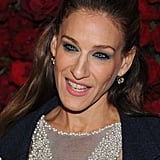 Sarah Jessica Parker showed off her dress's stunning neckline.