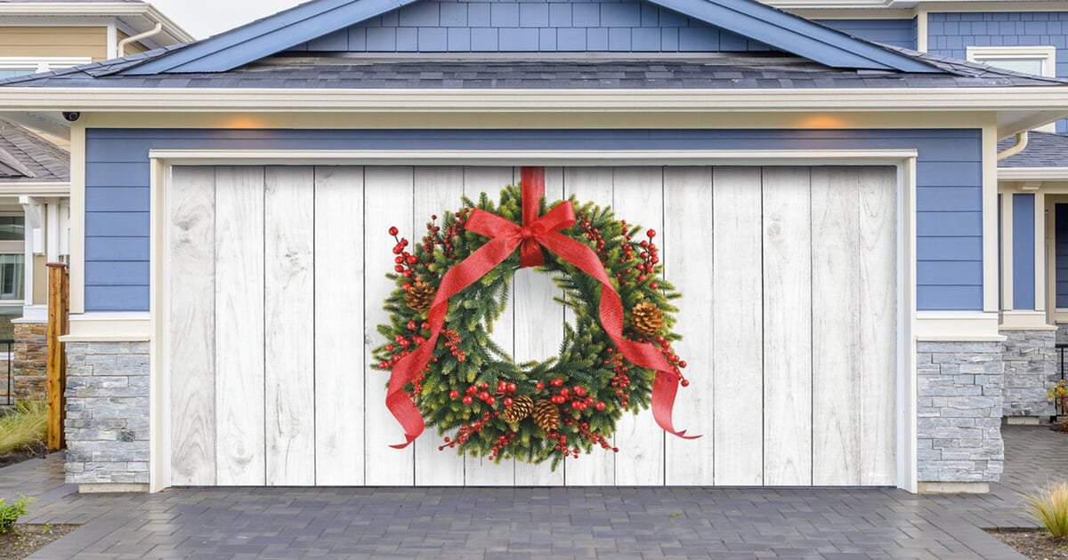 30 Garage Door Christmas Banners That'll Have Your Neighbors Circling Back For Another Look