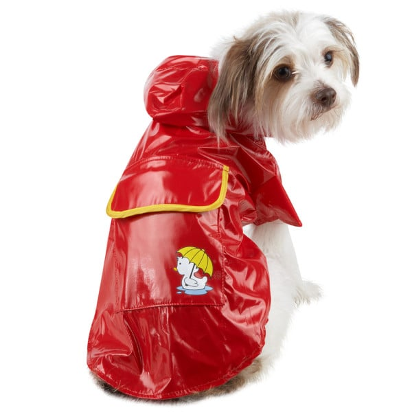 Your pup can go from rain to shine in this fire-engine red Grreat Choice coat ($12) with a detachable hood.
