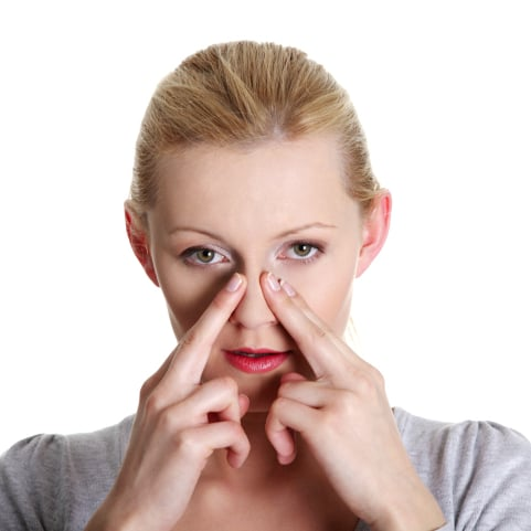 how to clear a stuffy nose without medicine
