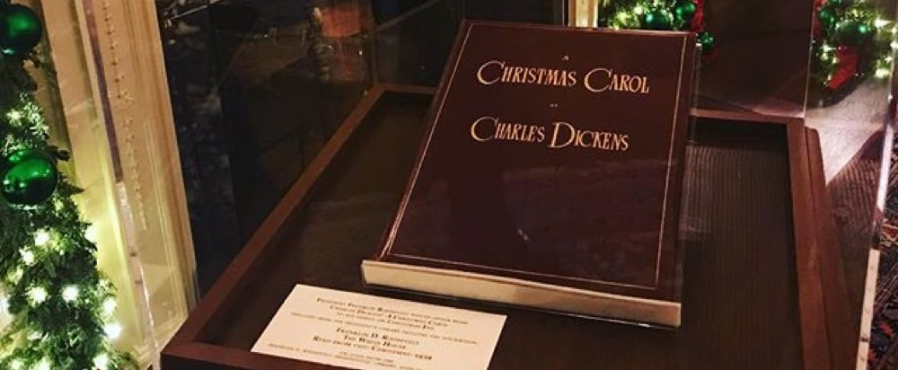 Sean Spicer's Christmas Carol Songs Instagram December 2017