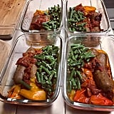 Sausages with bell peppers and chopped green beans